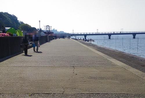 竹島海岸で潮干狩り_駐車場2