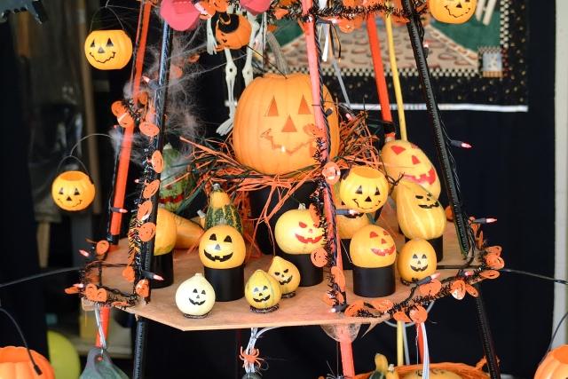 秋の日本モンキーパークは、子供向けのイベントが充実!