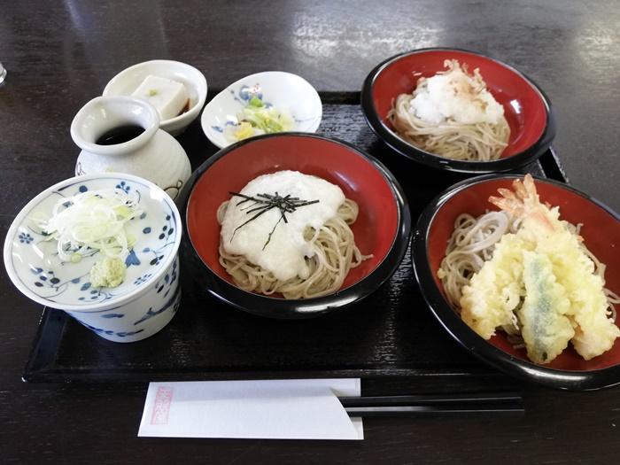天照山のお蕎麦屋さん1